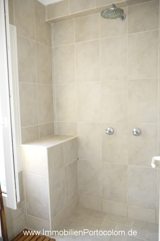 Ground floor apartment Sa Punta Portocolom bathroom2 shower 21219