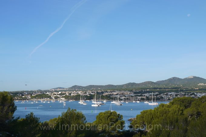 Property Modern Villa in first Line of Porto Colom  - New Chalet at the beach of Sa Punta.