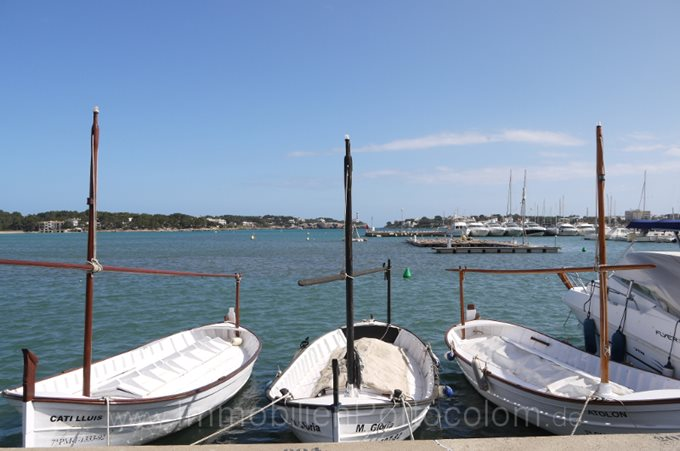 Property Chalet in 1st harbour line of Porto Colom - House with view to the lighthouse