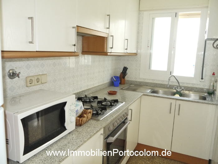 Apartment Portocolom first habor line kitchen 10616