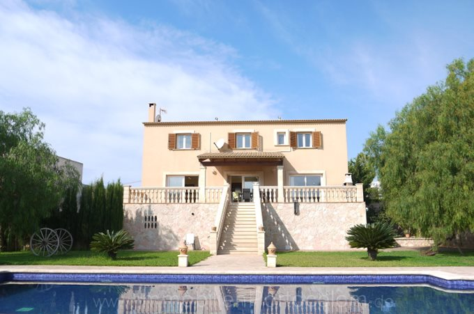 Property Villa in Porto Colom - House with pool and holiday  license in Porto Colom