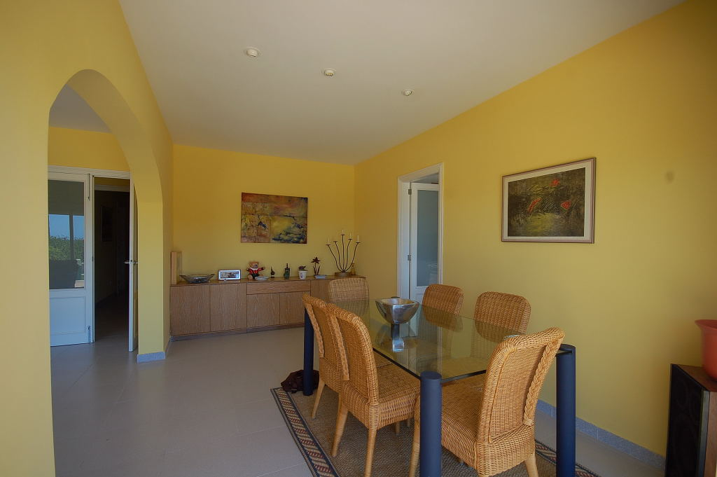 Holiday Apartment Sa Punta dining room 1029