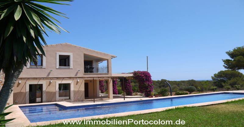 Modern Finca in Portocolom  - Finca with ocean views in Porto Colom