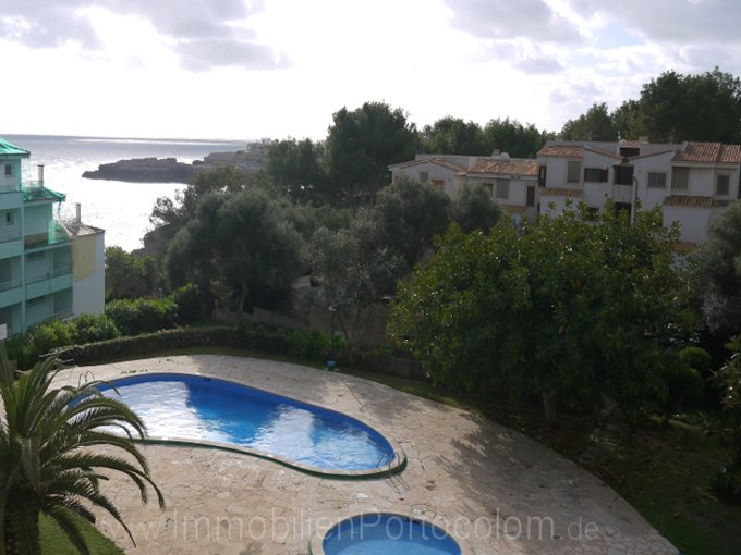 Property Apartment in a central location of Porto Colom - Flat with pool in the middle of the life of Porto Colom
