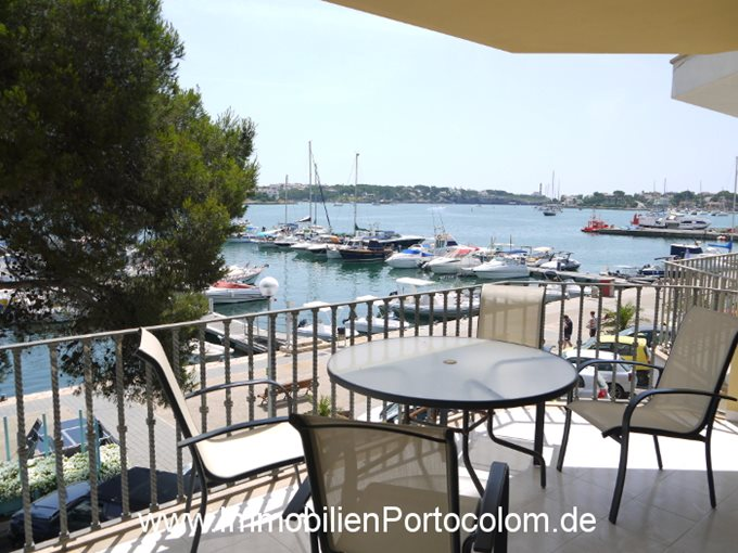 Property Apartment in 1st line of Porto Colom, Mallorca - First harbor line of Porto Colom