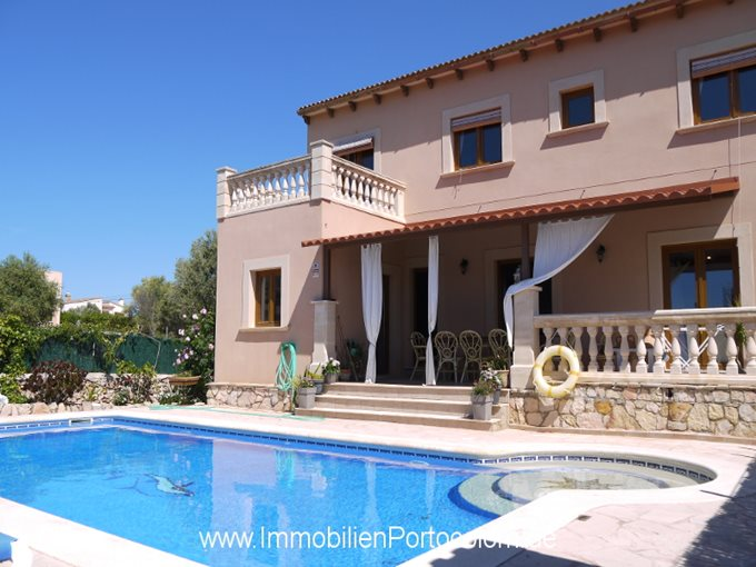 Property Chalet in Portocolom - House with license for holiday rental in Portocolom